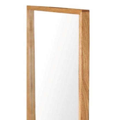 lille spejl af træ