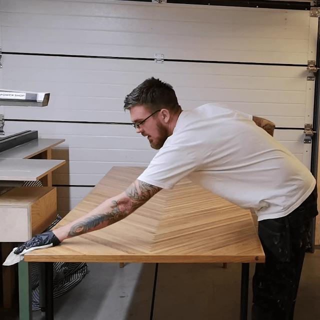 vedligeholde sildebensbord